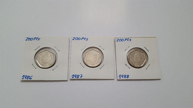 Monedas de 200 pesetas 1986, 1987 y 1988.