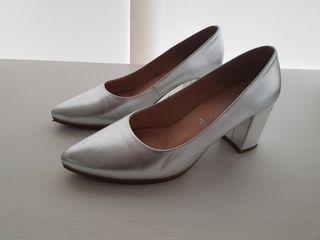 Zapatos Mimao plata talla 39