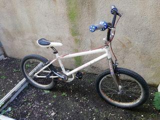 Bicicleta Monty T-215