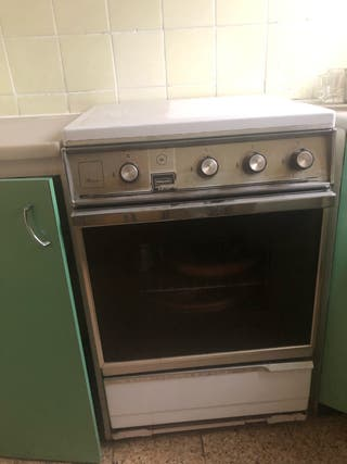 Cocina y horno de gas butano