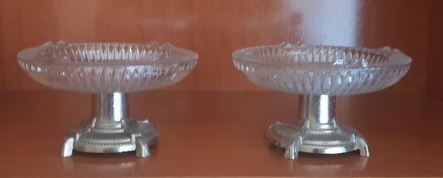 2 ceniceros con pie de metal