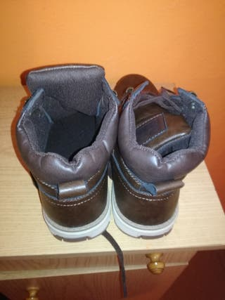 botas marrones nuevas sin,uso 41