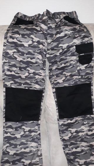 Pantalón trabajo camuflaje