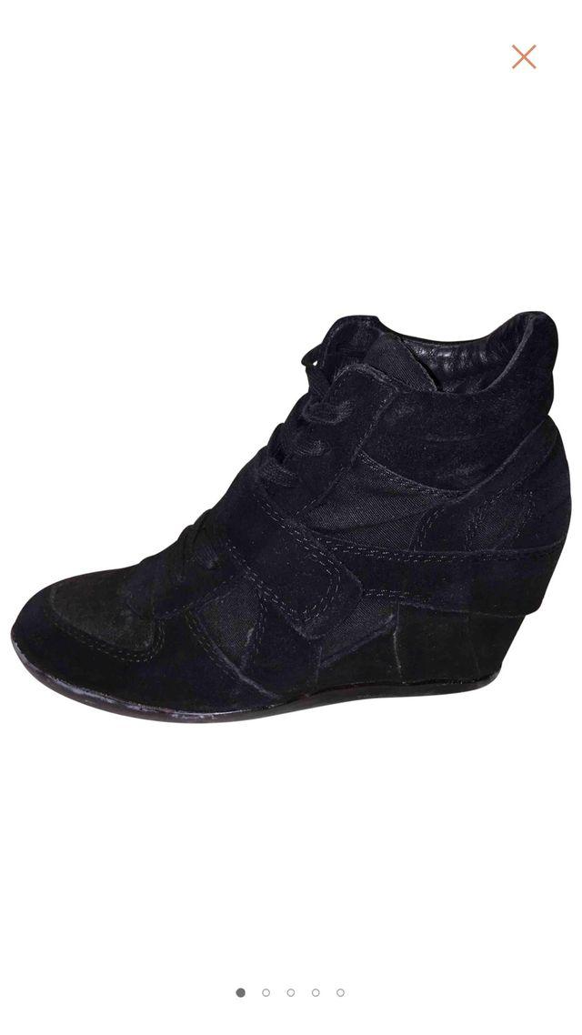 85d23658 Zapatillas cuña ash 38 ante nobuk negro de segunda mano por 65 € en ...