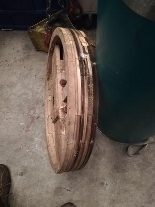 Polea de madera