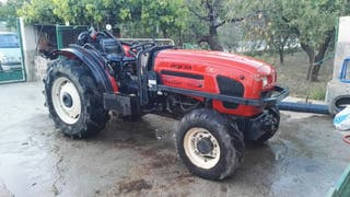 """Tractor """"Agria Thinker 885FY"""""""
