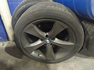 """CUATRO LLANTAS BMW EN 20"""" ORIGINALES"""