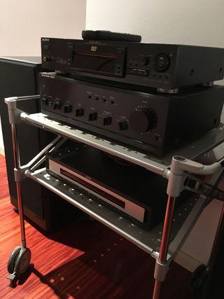 Equipo audio excelente calidad sonido.