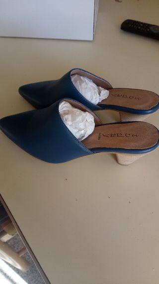 zapato piel azulon sin estrenar