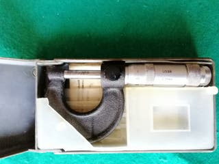 Antiguo micrómetro