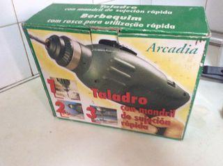 Taladro/Destornillador con mecanismo manual