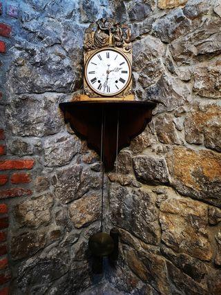 Antiguo reloj Morez