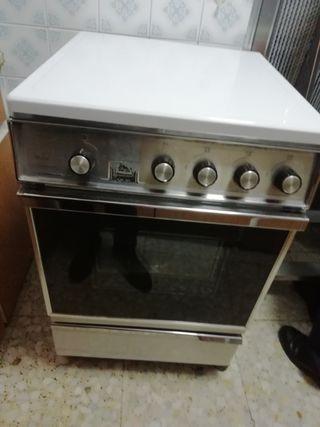Cocina con horno