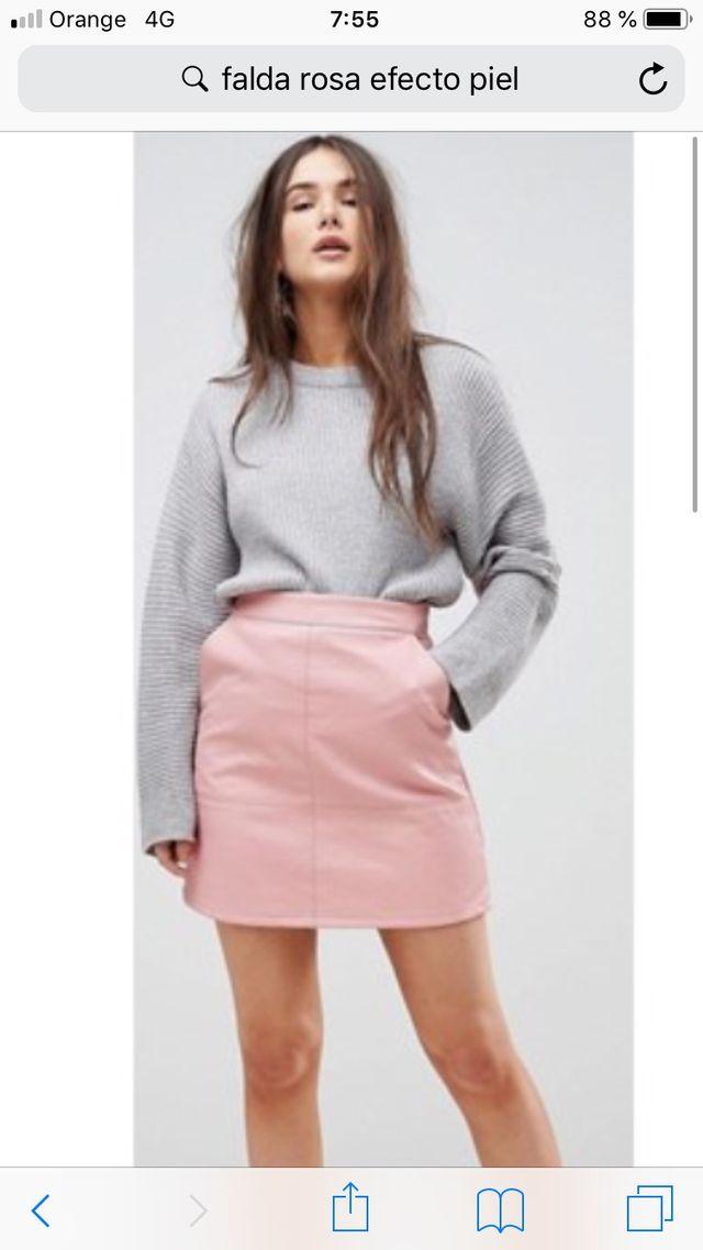 469621cef8 Falda polipiel Zara color rosa palo de segunda mano por 10 € en ...