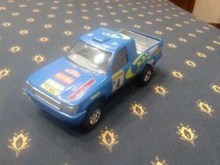 Maqueta coche Toyota Pick-up