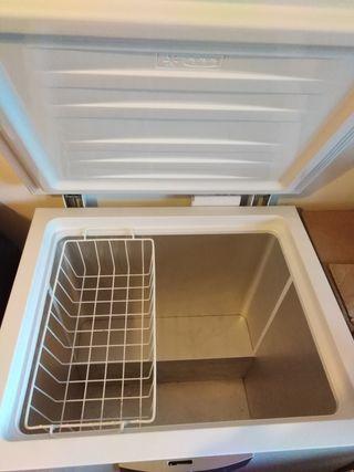 vendo congelador como nuevo en buen estado vendo p