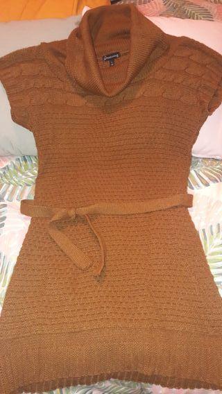 Jersey color mostaza Stadivarius