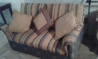 Se vende sofá cama 2 piezas