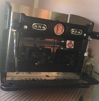 Cafetera de bar de cápsulas