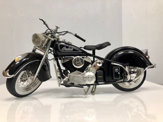 Moto Indian chief 1/6 gigante