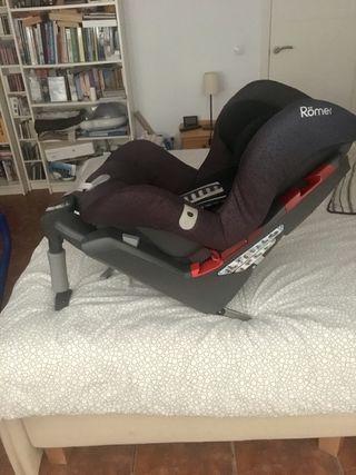Vendo silla Britax Römer SafeFix Plus con isofix