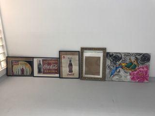 Cuadro y cartel con marcos