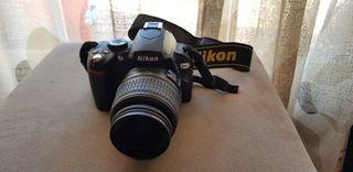 Cámara de fotos digital Nikon D60 con accesorios