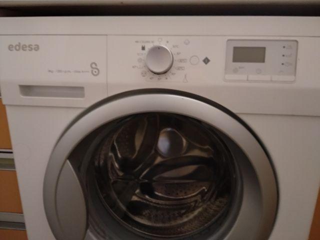 Edesa lavadora carga frontal HOMEL8212 8kg 1200rpm