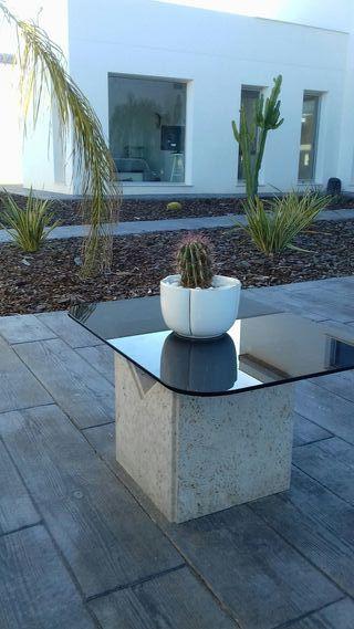 Mesa de centro de marmol y cristal