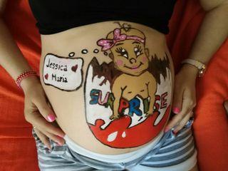 Pinturas en tripita de embarazadas