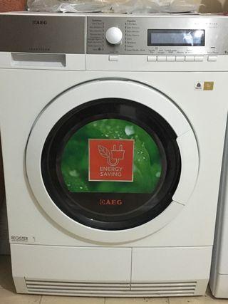Secadora AEG Lavatherm A++