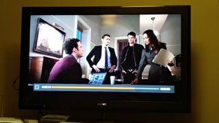 "televisor Sony Bravia de 40"" pulgadas."