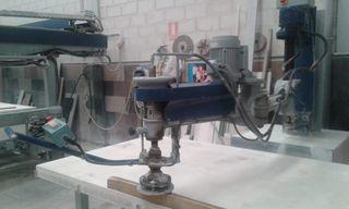 Pulidora de brazo articulado de Talleres Gómez