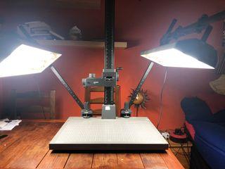 Mesa reproducciones Kaiser+brazo RTX+iluminación