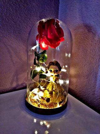 Cupula rosa de la bella y bestia,san valentin