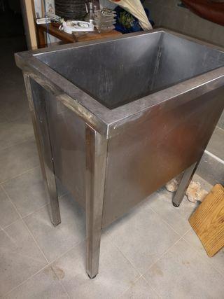 bañera de acero inoxidable..