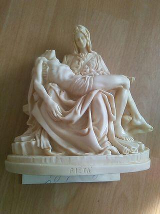 gran escultura italiana la Piedad de Miguel Ángel