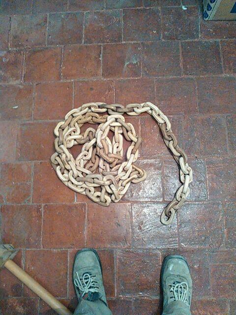 2xcadena madera hecha a mano