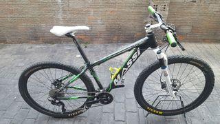 bici de montaña. btt