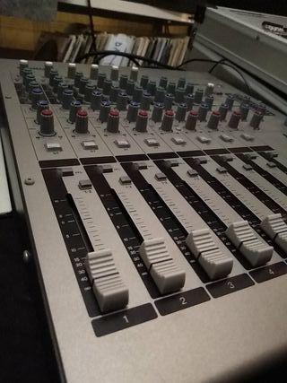 Yamaha MW12 / Mesa de mezclas USB