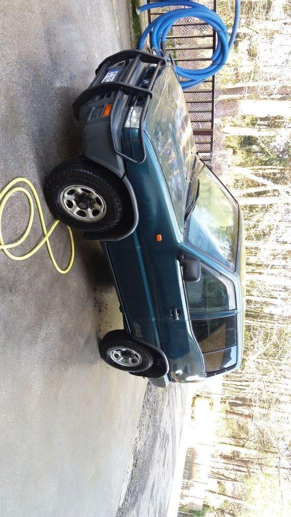 Nissan Terrano II 1995
