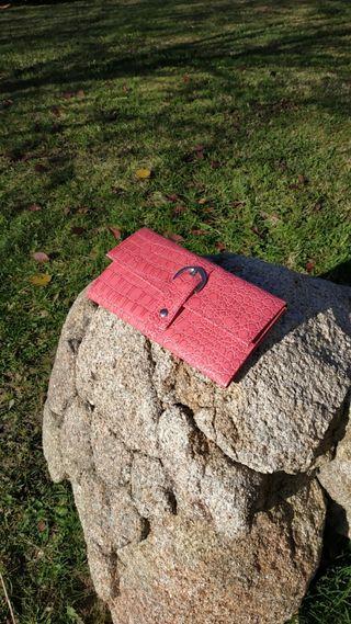 Cartera-joyero de viaje,relieve de serpiente rosa