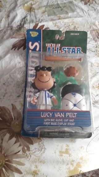 Lucy Van Pelt (Figura de Peanuts)