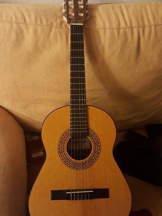 "Guitarra ""Admira"" para niñ@"