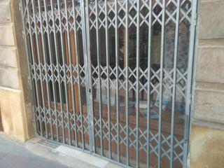 puerta de rejas correderas de seguridad