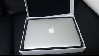 Apple MacBook 11.6inch AIR