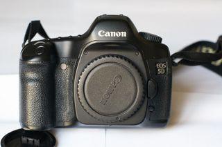 Canon EOS 5d cámara reflex ,en muy buen estado