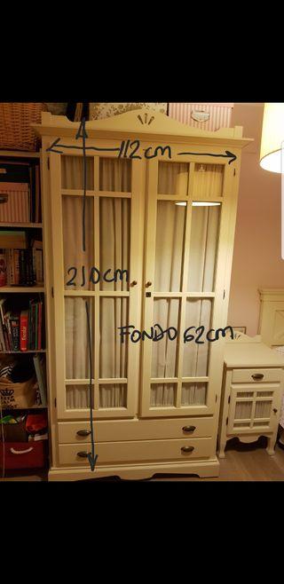 Dormitorio infantil escritorio y silla de segunda mano for Silla escritorio infantil