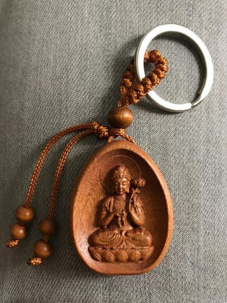 Llavero de madera tallada a mano indonesia