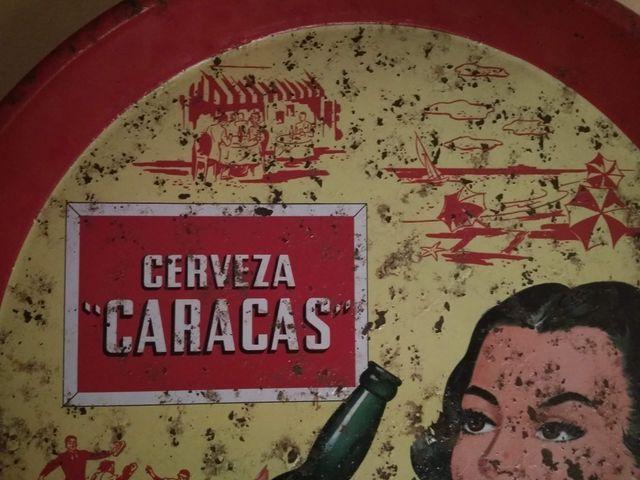 Antigua bandeja cerveza Caracas